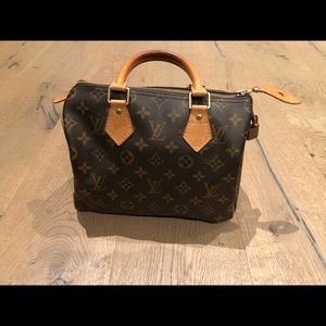 1dc6c2c342f0 Louis Vuitton